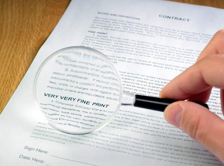 правовий аналіз договорів